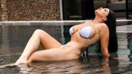 Romi Rain BrazzersExxtra Pounded By The Pool 02.07.2019